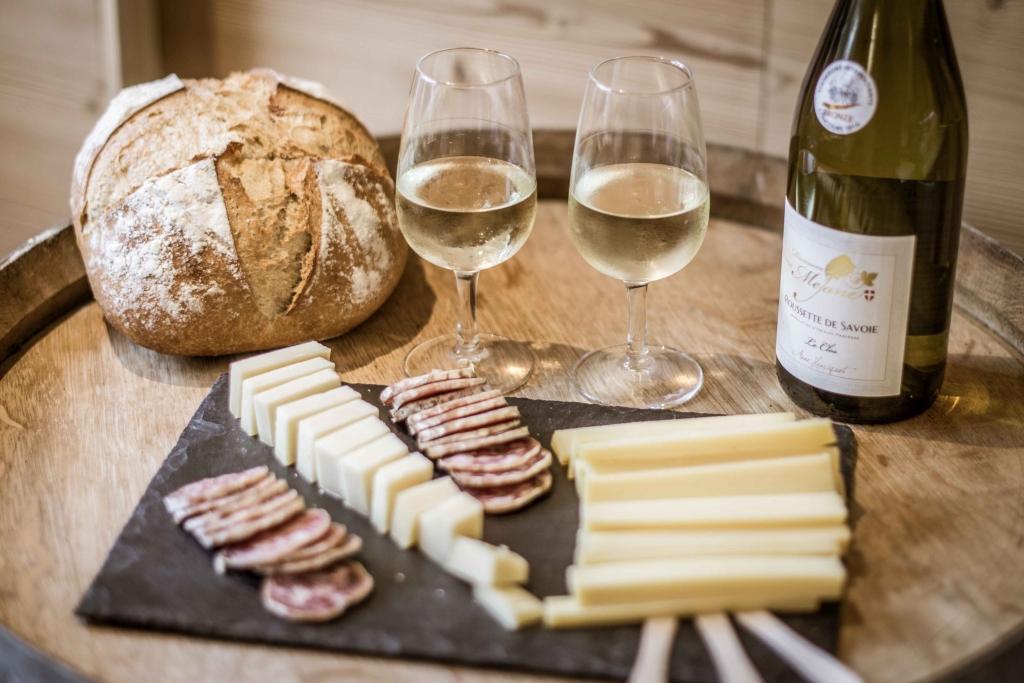 Fromages et Vins Medium