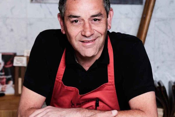 Portrait Hugo Desnoyer